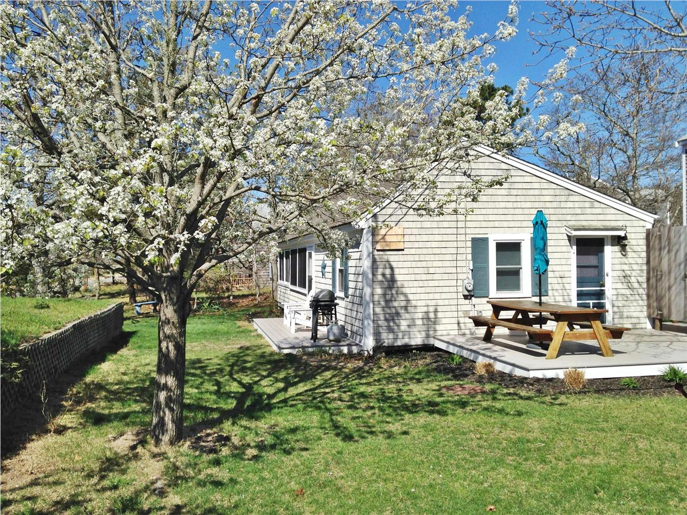 Eastham vacation rental home in cape cod ma 02651 100 for Cabin rentals in cape cod ma