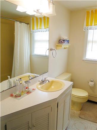 Harwich Cape Cod vacation rental - Main floor bathroom with shower, tub