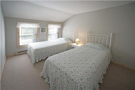 New Seabury, Fells Pond Village, New Seabur New Seabury vacation rental - 2nd floor Bedroom, twin beds / full bath