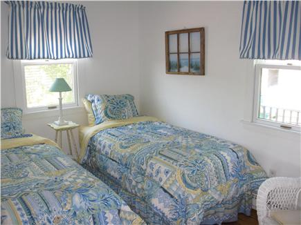 Woods Hole, Quissett Harbor Woods Hole vacation rental - Twin bedroom