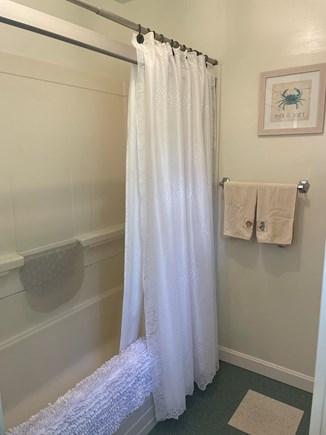 Dennis Cape Cod vacation rental - Shower/Bathtub