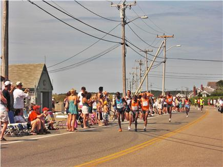 Falmouth Cape Cod vacation rental - Catch the  Falmouth Road Race as they pass Surf Drive