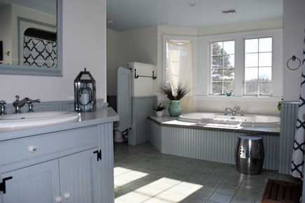 Yarmouth Port Cape Cod vacation rental - Large master bath