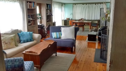 Hyannis, Barnstable Cape Cod vacation rental - Sun room with full-size pull-out bed