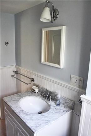 Harwich, Pleasant Lake Cape Cod vacation rental - New 2012 Bathroom With Carrara Marble Vanity Top.