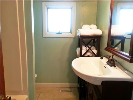 Mashpee Cape Cod vacation rental - Bathroom