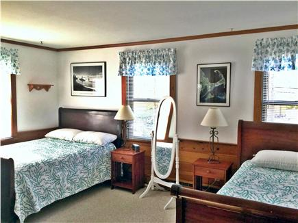 Brewster, The Highlands on Seymours Pond Cape Cod vacation rental - Bedroom (1 Double size and 1 Twin size Bed)