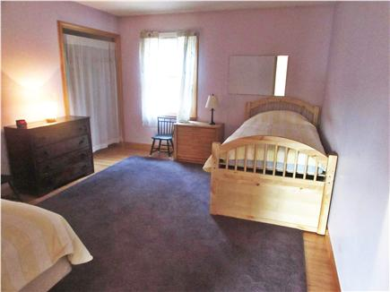 Truro Cape Cod vacation rental - Second bedroom with two twin beds