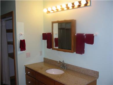 Truro Cape Cod vacation rental - Bath