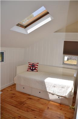 South Yarmouth Cape Cod vacation rental - Day bed - pulls out to queen/king