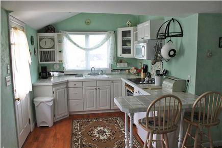 Soulth Chatham Cape Cod Vacation Rental Kitchen In Small Cottage