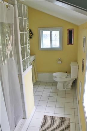 Soulth Chatham Cape Cod vacation rental - Bathroom in Small Cottage
