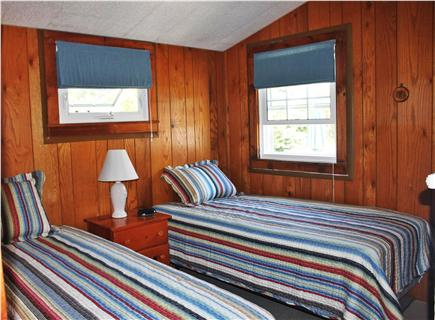Mashpee Cape Cod vacation rental - Bedroom with Two Twin Beds