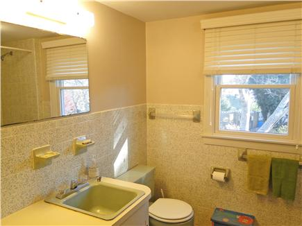 Chatham Cape Cod vacation rental - Upstairs full bathroom with shower