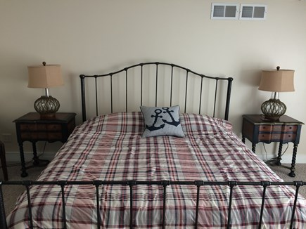 Osterville Osterville vacation rental - King size bed.