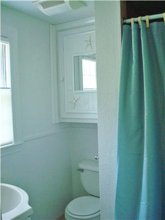 West Dennis Cape Cod vacation rental - Second floor bathroom
