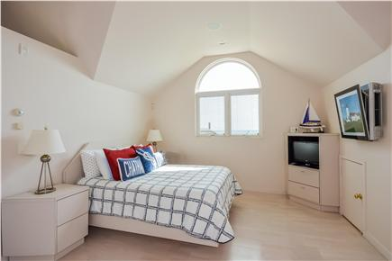 Chatham Cape Cod vacation rental - Queen bedroom over garage with ensuite