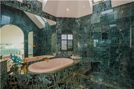 Chatham Cape Cod vacation rental - Marble master bath