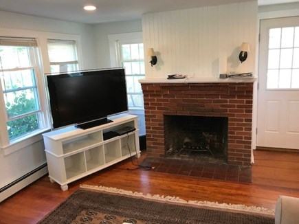 42 Hiawatha Road Harwichport Cape Cod vacation rental - Great Room Main house