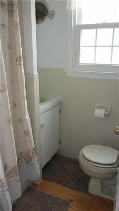 Dennis Cape Cod vacation rental - Full Bath #1