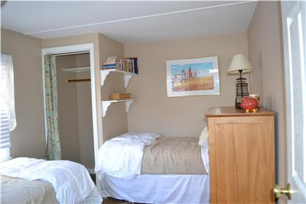 kingston MA vacation rental - Two comfortable twin beds in this bedroom w/ocean views