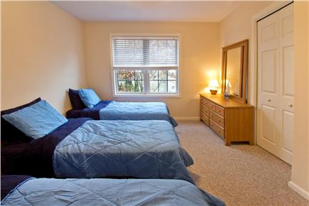 Mashpee Cape Cod vacation rental - Second Bedroom with 3 Twin Beds