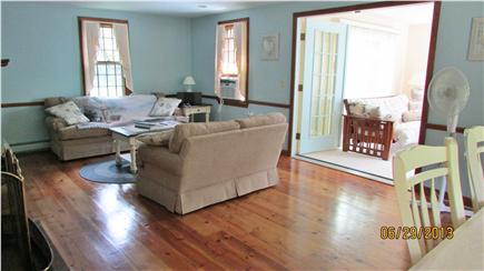 Barnstable, Cotuit Cape Cod vacation rental - Living Room