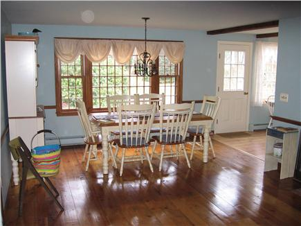 Barnstable Vacation Rental Home In Cape Cod MA 02635 4 10 Mile To Conservati