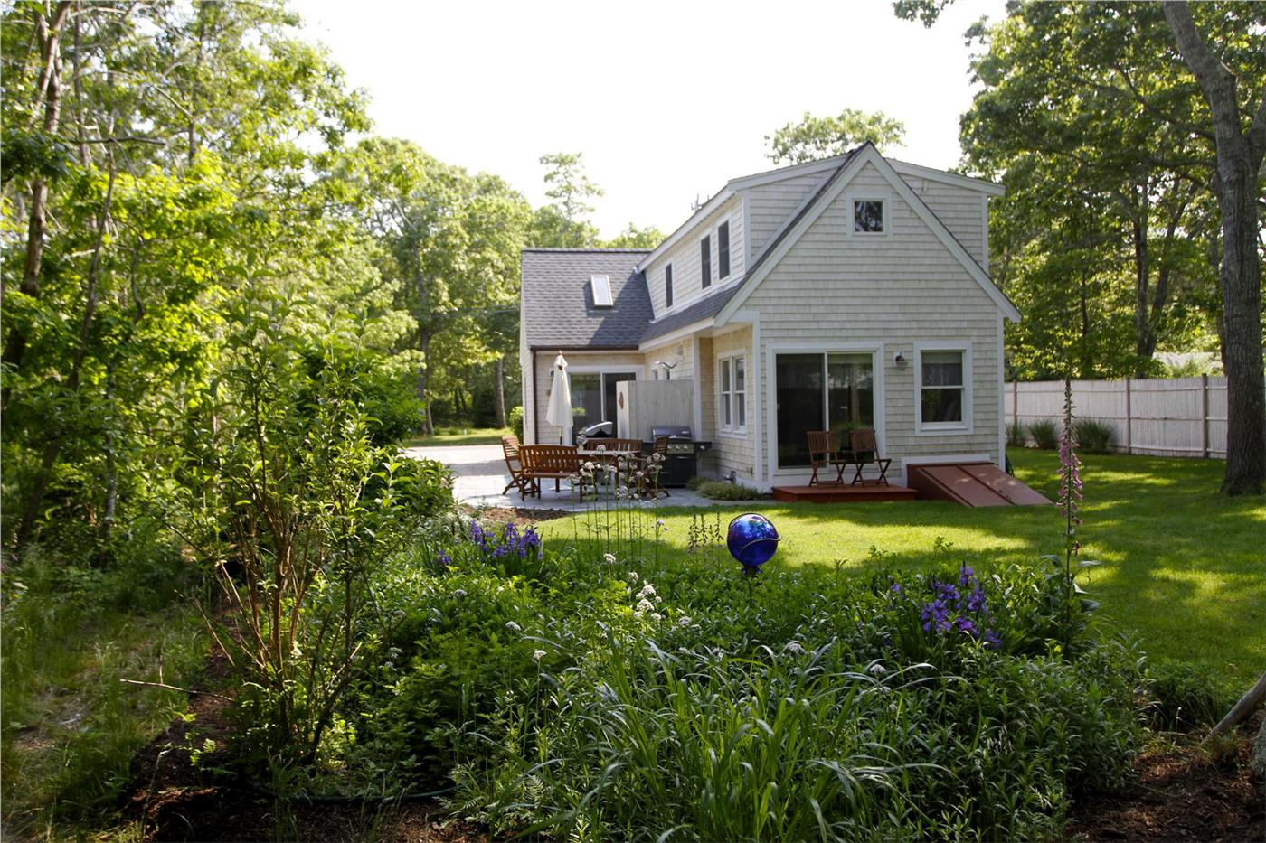 Eastham vacation rental home in cape cod ma 02642 easy 1 for Cabin rentals in cape cod ma