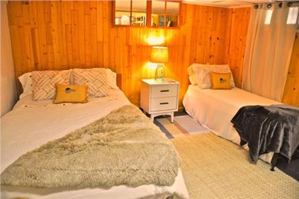 Hyannis Cape Cod vacation rental - Cozy room