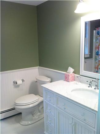 South Chatham Cape Cod vacation rental - 2nd Floor Bath