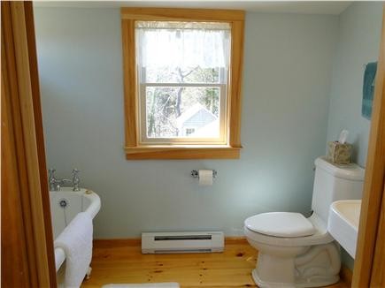 East Orleans Cape Cod vacation rental - New Master bath with tub