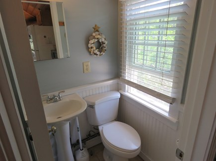 Brewster Cape Cod vacation rental - Cottage bath