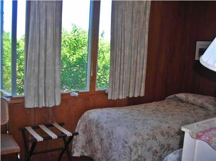 Truro Cape Cod vacation rental - Upstairs twin bed room