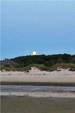 Brewster Cape Cod vacation rental - Moon rise Linnell Landing Beach