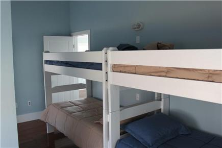 Plymouth MA vacation rental - Bunk beds!