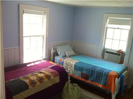 Chatham Cape Cod vacation rental - Two twin bed room.