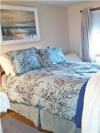 Dennis, 7 Poiticki rd Cape Cod vacation rental - Bedroom 1 - 1 full mattress, spread and blankets