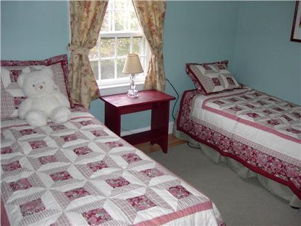 Hyannis Cape Cod vacation rental - Twin Bedroom