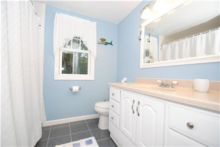 North Eastham Cape Cod vacation rental - Main Bath