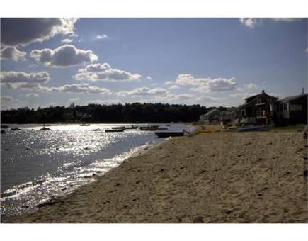 Bourne, Buzzards Bay Cape Cod vacation rental - Safe swimming at the beach
