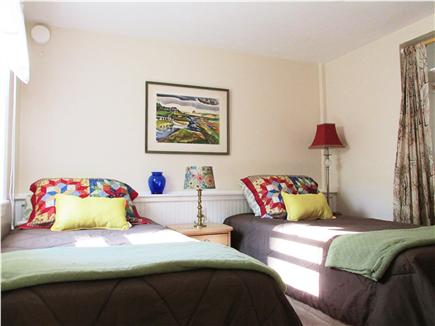 Bourne, Buzzards Bay Cape Cod vacation rental - Downstairs bedroom with two twin beds