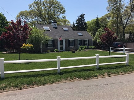 Harwichport Cape Cod vacation rental - Tremendous curb appeal