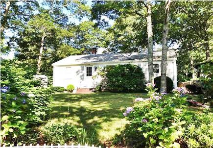 Mashpee Cape Cod vacation rental - 3 Bedroom, 2 Bath Ranch, completely renovated.