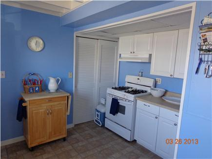 Falmouth, 48 Bywater ct Cape Cod vacation rental - Kitchen