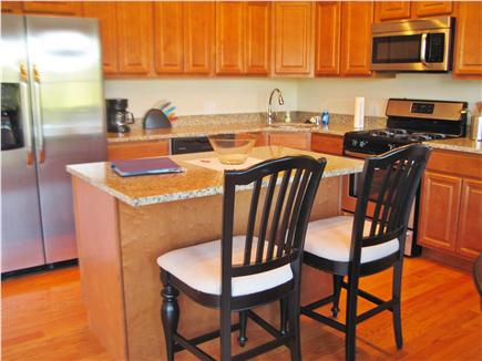 Chatham Cape Cod vacation rental - Kitchen with island