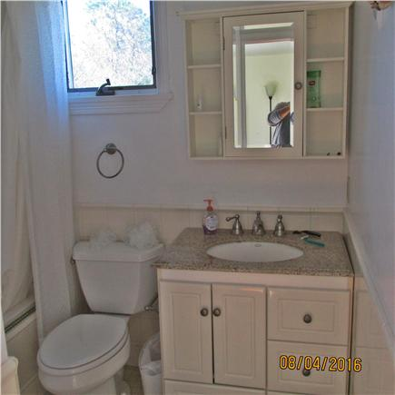 North Falmouth Cape Cod vacation rental - First Floor Bath