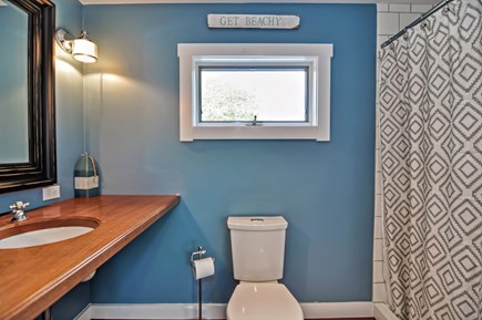 Chatham Cape Cod vacation rental - First Floor Full Bath