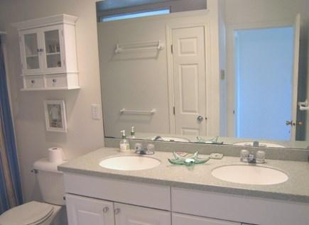 East Dennis Cape Cod vacation rental - 2nd Level Bath