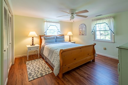 Chatham Cape Cod vacation rental - Front queen bedroom